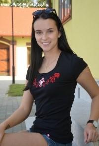 PoN24 - Női rövid ujjú top-hímzett