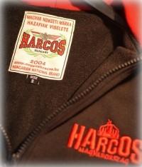 PuZ20 - HARCOS kapucnis cipzáras bélelt, vastag pulóver